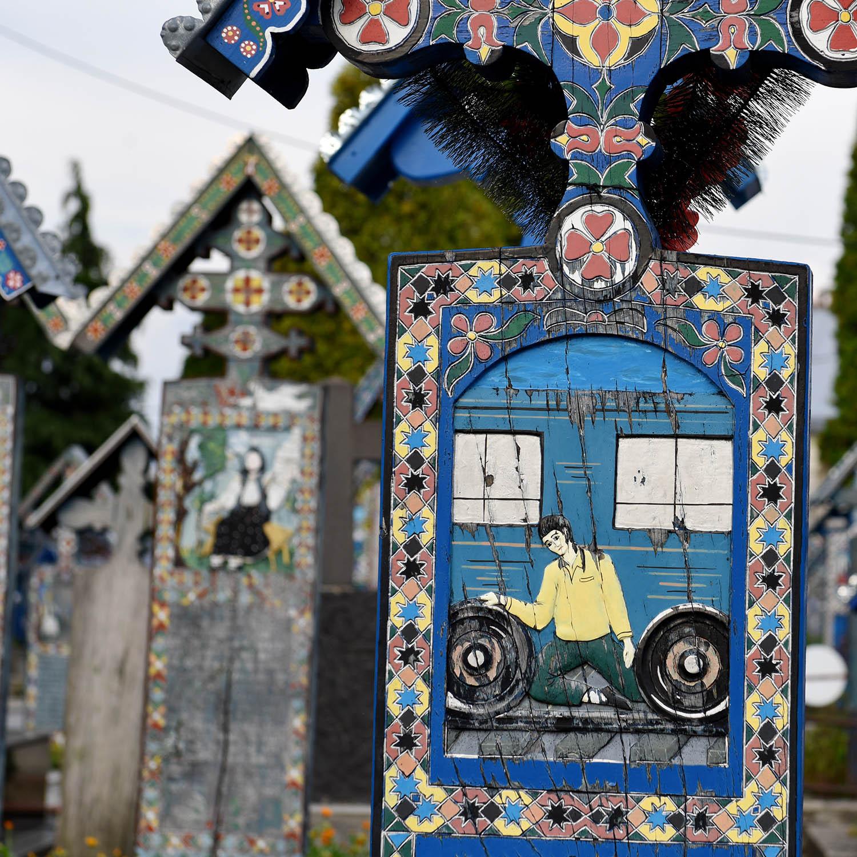Cimitirul Vesel Sapanta - Maramures