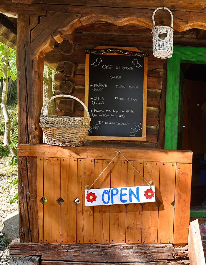 Restaurant Casa lu' Dochia, Breb, Maramures