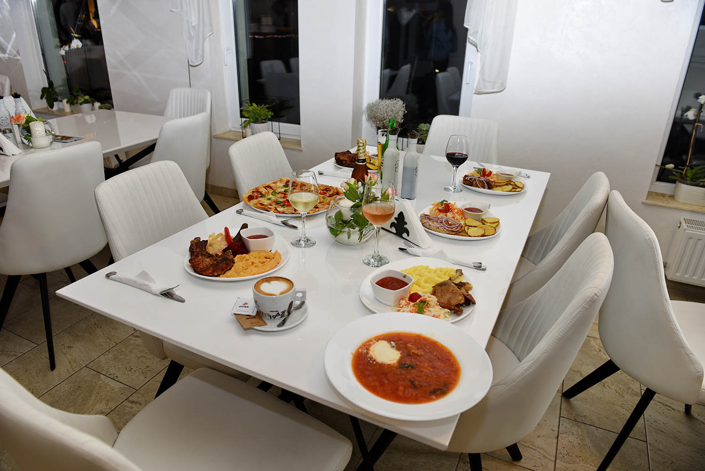 Mancare Restaurant Floare de Colt, Sighet